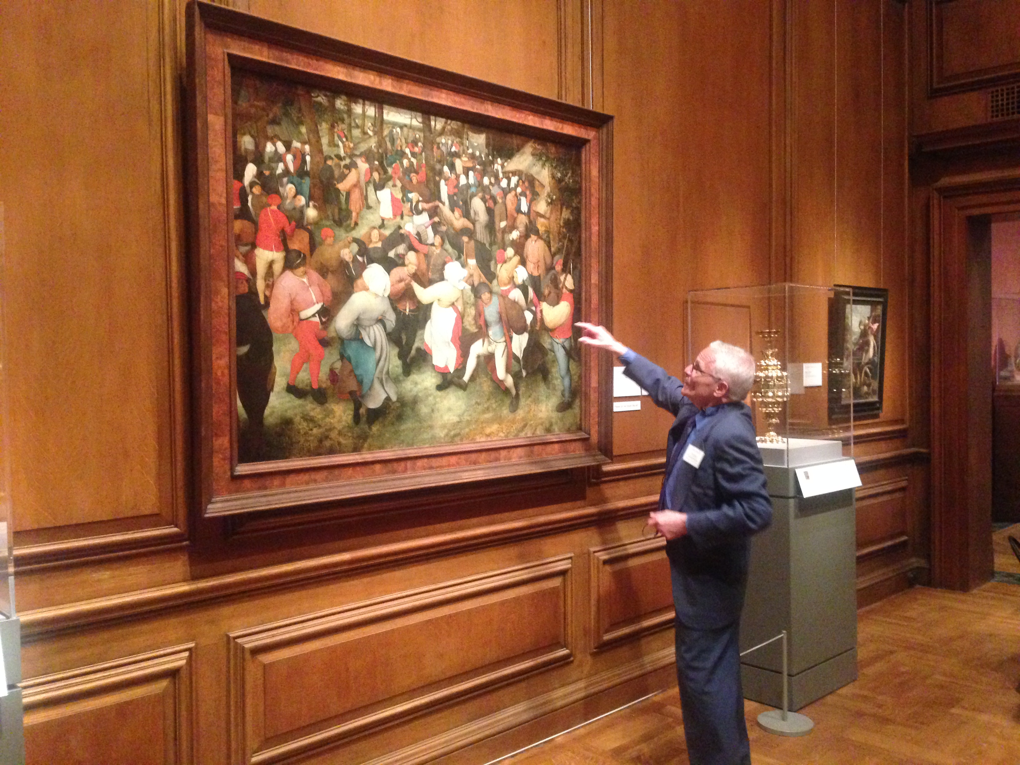 Michael Farrell guiding Detroit travelers through the Detroit Institute of Arts