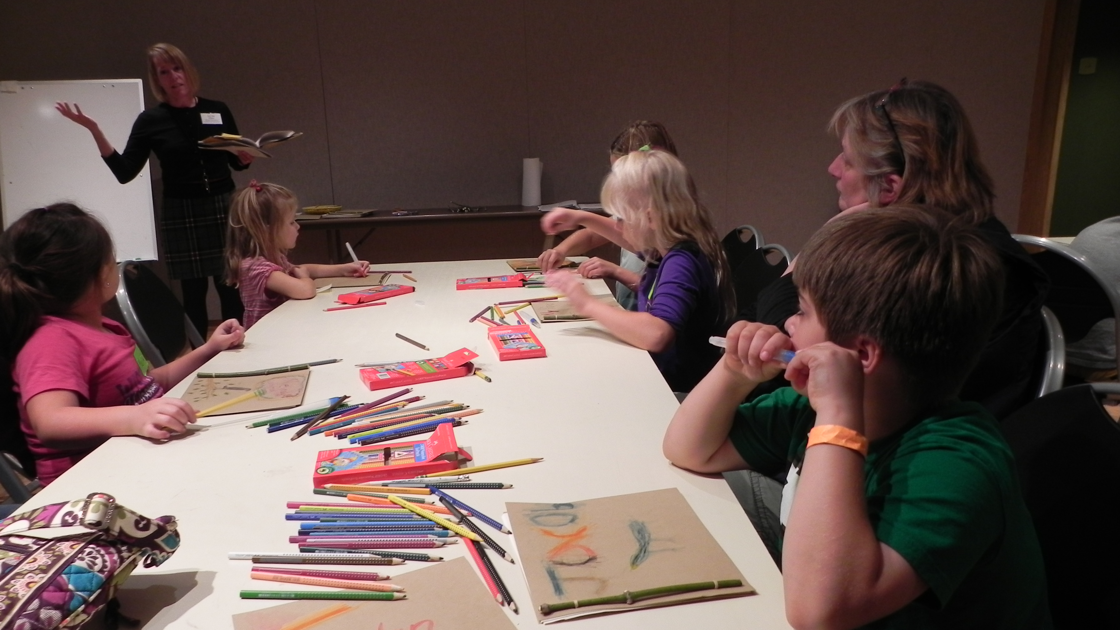 Little Masters and Young Artists create a birding journal.