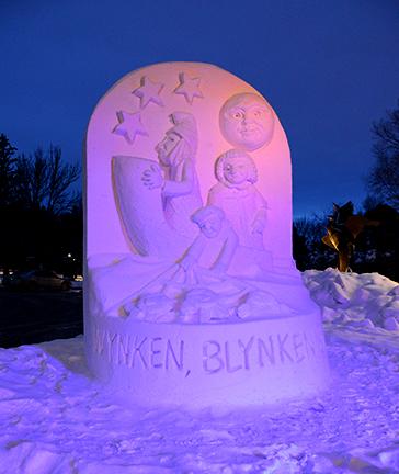 Wynken, Blynken & Nod with colored lights